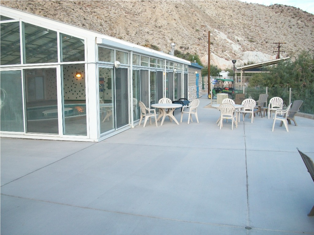 Spa_patio